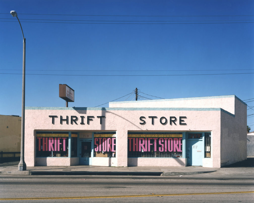 719 Lincoln Boulevard- Venice- May 13- 1995 (c) John Humble-1