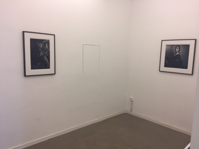 Installation view les filles