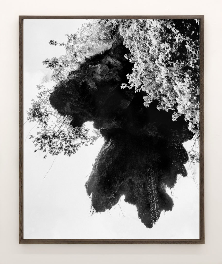 Hanging Rock, 2019, 98 x 78,4 cm, Archival Pigment Print, Edition of 5
